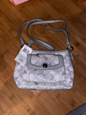 Coach purse NEW for Sale in Naugatuck, CT