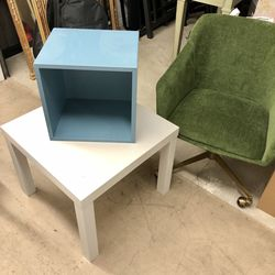 Bedside Table Coffee Table Cube Shelve Unit for Sale in Seattle,  WA