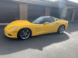 2005 Chevy corvette Z51 for Sale in Phoenix, AZ