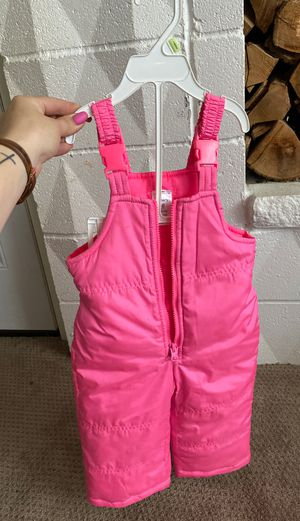 Girls carters 18m snow suit for Sale in Federal Way, WA