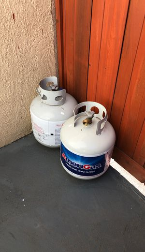 Two full propane tanks for Sale in Alameda, CA