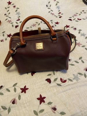 Dooney and Bourke Purse for Sale in Castro Valley, CA