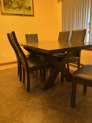 table and 6 chairs for Sale in Kennewick, WA