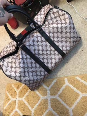 Gucci Duffel bag!! for Sale in West Chicago, IL