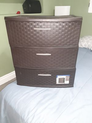 Two plastic dressers for Sale in West Palm Beach, FL