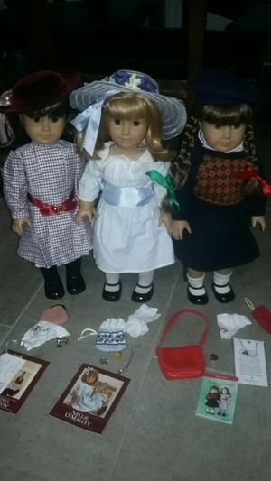 American Girl Pleasant Company Dolls With Original Full Meet Outfits & Original Full Accessories Sets !! EVERYTHING IN PICTURES. for Sale in Costa Mesa, CA