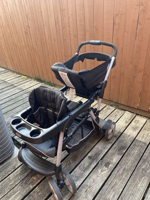 Sit and stand double stroller for Sale in Irving, TX