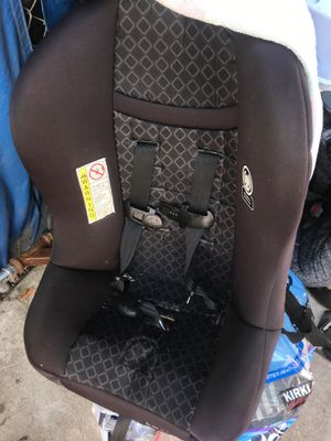 Cosco Scenera Next CC123 FSM 5 - 40 lbs pounds libras Car Booster Baby newborn Seat for Sale in San Diego, CA