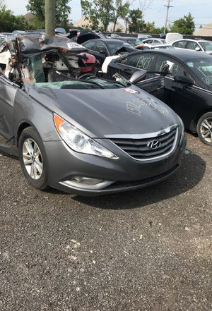 Selling parts for a great 2013 Hyundai Sonata STK#1372 for Sale in Warren, MI