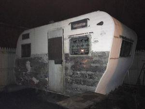 Pull along trailer/camper for Sale in NJ, US