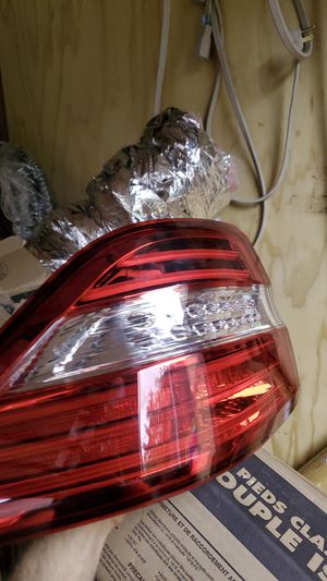 Genuine mercedes Benz m-class taillight for Sale in Seattle, WA