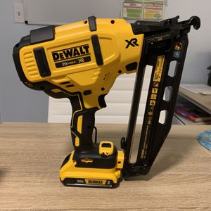 20-Volt Max 16-Gauge Cordless Angled Finish Nailer Kit for Sale in Levittown, PA