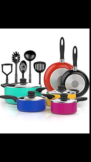 Pots and pans for Sale in Oberlin, OH
