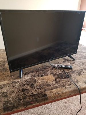Onn. 32 inch Smart roku LCD HD TV for Sale in Tacoma, WA