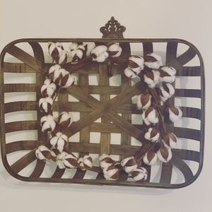 Tobacco basket and cotton wreath for Sale in Columbia, SC
