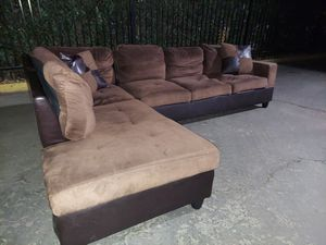 Nice brown sectional w/ FREE DELIVERY for Sale in Rancho Cordova, CA
