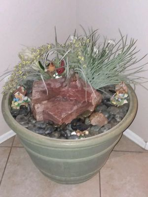 Large planter water fountain, works great, great relaxing sounds. Can be used inside or out. for Sale in Avondale, AZ
