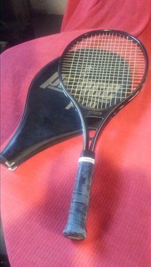 Tennis racket for Sale in Cleveland, OH