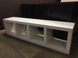 Center piece table or book shelf for Sale in Fountain Valley, CA