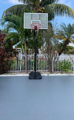 Basketball hoop buenas condiciones necesito venderlo hoy for Sale in Medley, FL