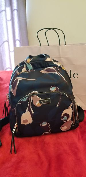 New Kate Spade medium backpack for Sale in Garden Grove, CA