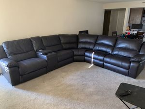 Leather Reclining Sectional Couch for Sale in Fresno, CA