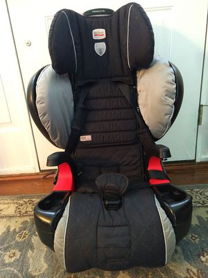 Britax Pinnacle 90 black harness car seat and booster used for Sale in Newport News, VA