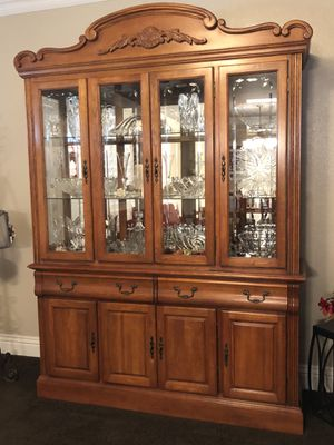 China Cabinet / Hutch for Sale in Montebello, CA