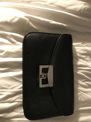 Marc Jacobs clutch for Sale in Atlanta, GA