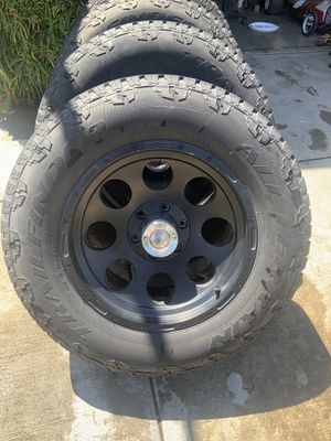 Chevy GMC 6 lug wheels and tires for Sale in Gustine, CA