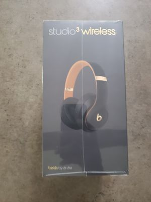 Beats by Dr. Dre Studio 3 Headband Wireless Headphones New for Sale in Dayton, OH