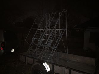Safety Ladders for Sale in Springfield,  IL