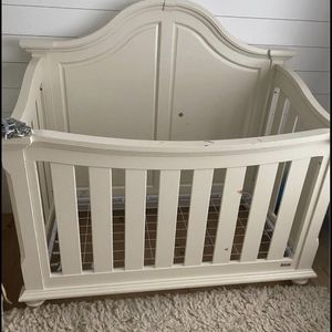 Bassett Crib for Sale in Encinitas, CA