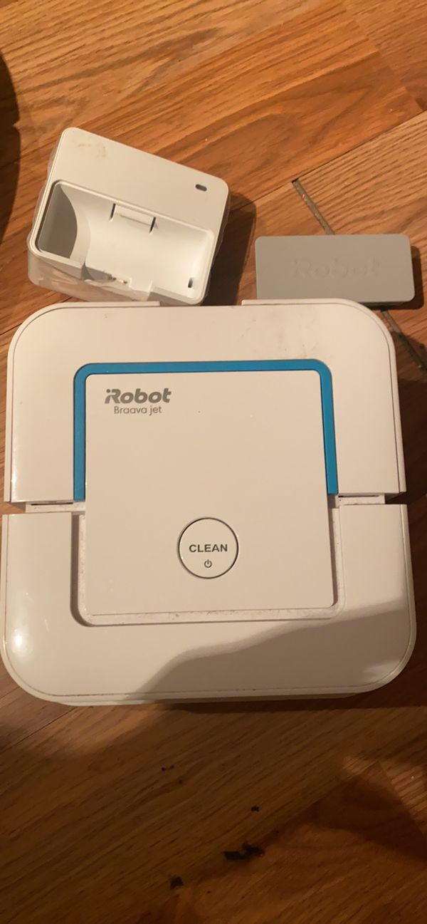 Roomba Braave Jet like new moping device. App control/wifi.