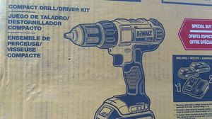 DeWalt compact compact drill/driver kit for Sale in Davenport, IA