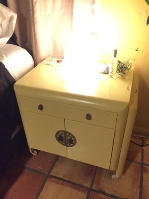 Nightstand , End table , cabinet for Sale in West Palm Beach, FL