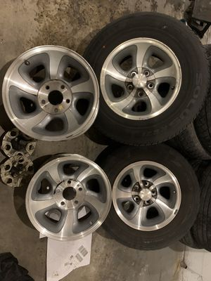 """15"""" rims for Chevy all parts included """"hubs"""" for Sale in Orlando, FL"""