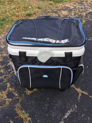 Igloo rolling cooler for Sale in Hinsdale, IL