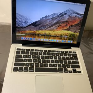 MACBOOK PRO WITH DVD for Sale in Bailey's Crossroads, VA