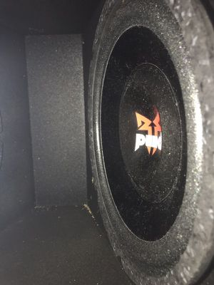10inch subwoofer and with 5th order box! for Sale in Atlanta, GA