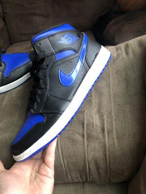 Jordan 1's royal blue mids for Sale in Terre Haute, IN