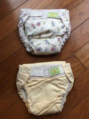 2 cloth reusable diapers for Sale in Dallas, TX