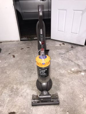 Dyson Ball Vacuum for Sale in Sumner, WA