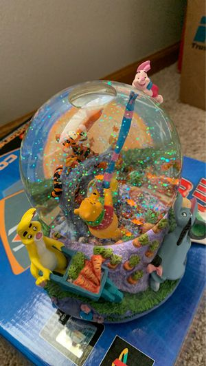 Collectible Disney: Winnie the Pooh Musical Blustery Day Water Globe for Sale in Lake Hallie, WI