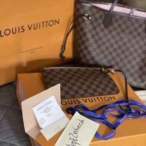 Louis Vuitton Neverfull MM Bag for Sale in Surprise, AZ
