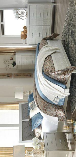🧿BRAND NEW 🧿Olivet Silver Panel Bedroom Set | B560 for Sale in Jessup, MD