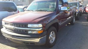 2000 Chevy silverado z71 with 110:000 miles for Sale in Somerville, MA