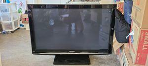 "42"" Panasonic flatscreen TV for Sale in Maple Valley, WA"