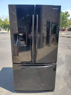 Black Samsung fridge good working condition for Sale in Denver, CO