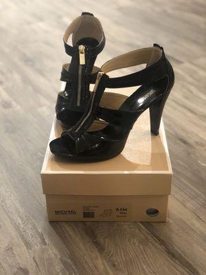 Michael Kors Tstrap Sandal for Sale in Freehold, NJ